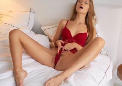 horny sexy girl